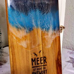 Epoxy Ocean Art auf Holz mittel